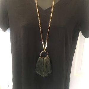 "19"" Gold/Hunter Green Tassel Necklace"